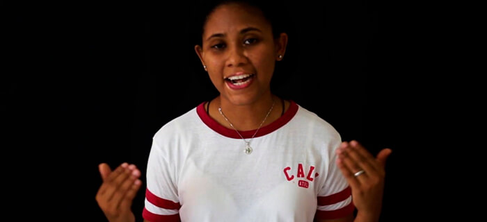 ¿YO SOY CATOLICA O SOY PROTESTANTE? – Lizzy Parra (Testimonio)