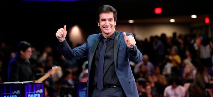 Dante Gebel lleva ayuda humanitaria a Venezuela