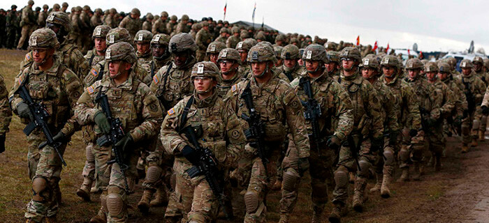 400 Soldados se entregan a Cristo y conocen el evangelio