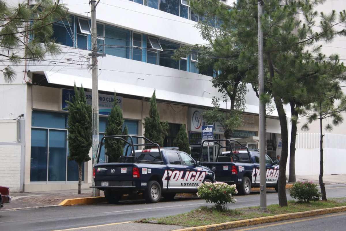 Va Adelfa Zúñiga del Cereso al hospital por diabetes e hipertensión