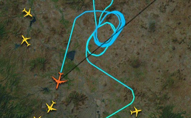 Tras fallas, avión debe aterrizar de emergencia en el AICM