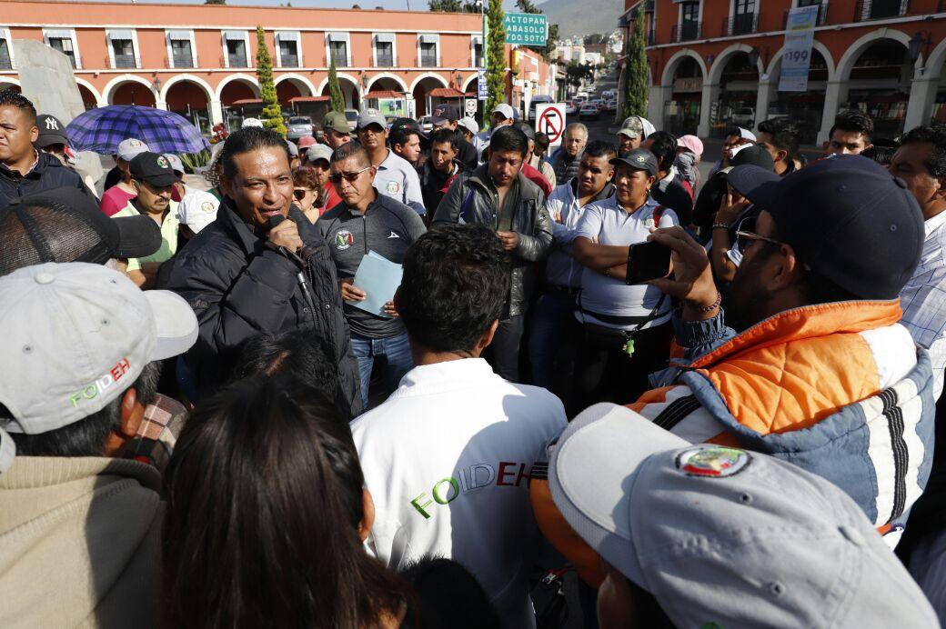 """Agremiados de la FOIDEH y el """"Perro"""" Pelcastre se manifiestan en calles de Pachuca (VIDEO)"""