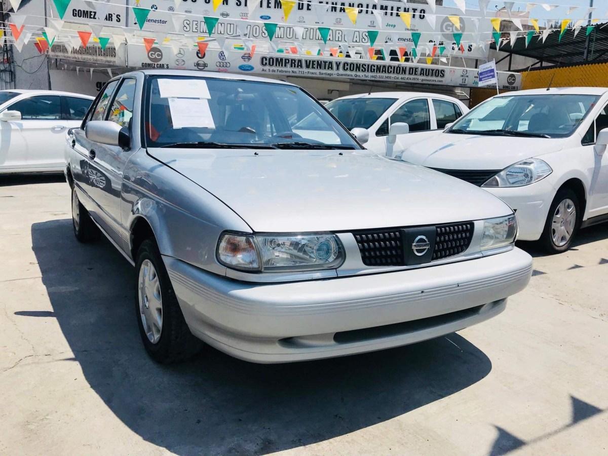 Roban auto de académica en estacionamiento de Galerías Pachuca