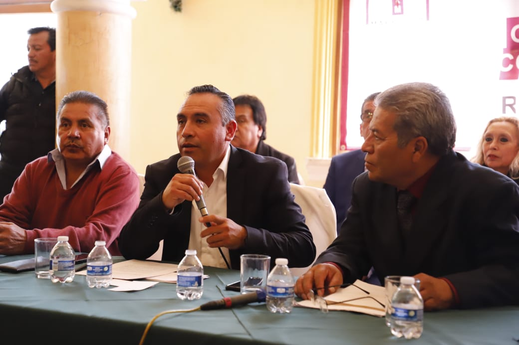 Maestros del SNTE en Hidalgo se suman a demanda nacional contra dirigente