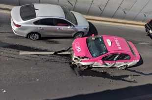 Choca chevy vs taxi de CDMX en el Río de las Avenidas