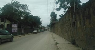 Por cables dañados, colonia de Huejutla se queda sin luz