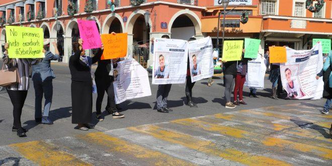 Los padres de Sebastián Yáñez Gómez bloquearon parcialmente las avenidas Juárez y Guerrero