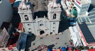 Salvador agradece favores de la Morenita, en La Villita