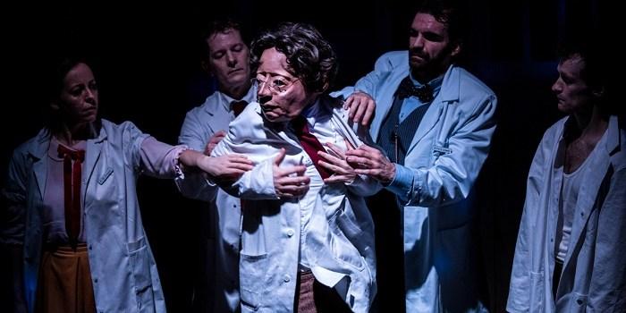 Almada's Theatre Fiesta: A Public Affair or an Affair with the Public