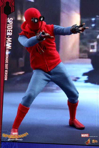 Hot Toys Spidey (14)