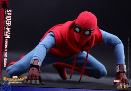 Hot Toys Spidey (19)