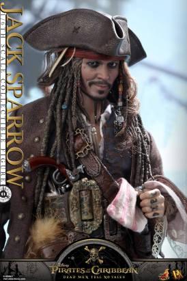 Jack Sparrow Hot Toys (13)