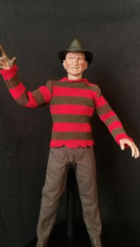 Sideshow Freddy (4)