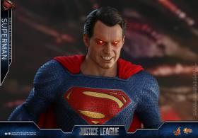 Hot Toys JL Superman (24)