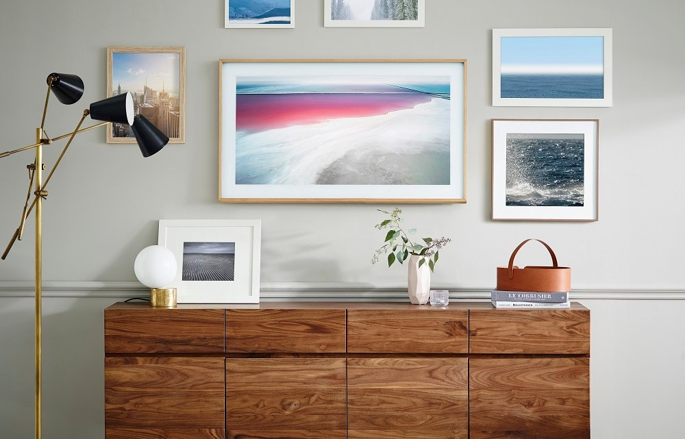 """Samsung launched the latest smart television """"The Frame"""" with showcase of artists & their work Dubai, UAE"""