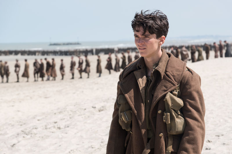 At the Mole - Soildier - Dunkirk movie