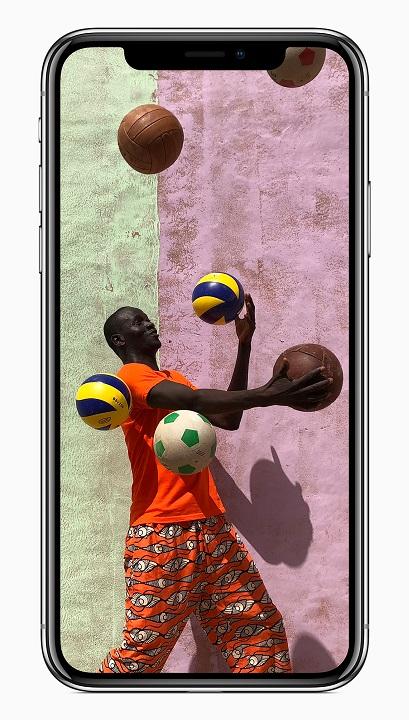 iPhone X-front-vibrant-camera