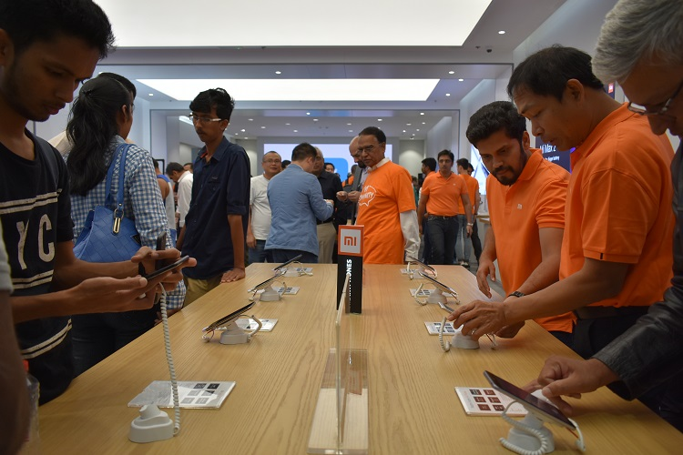 Crowd checking out the Smartphones at the Xiaomi 2nd Store opening in City Center Deira