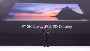 Porsche-Design-Huawei-Mate-RS-has-6inch-2k-curved-display