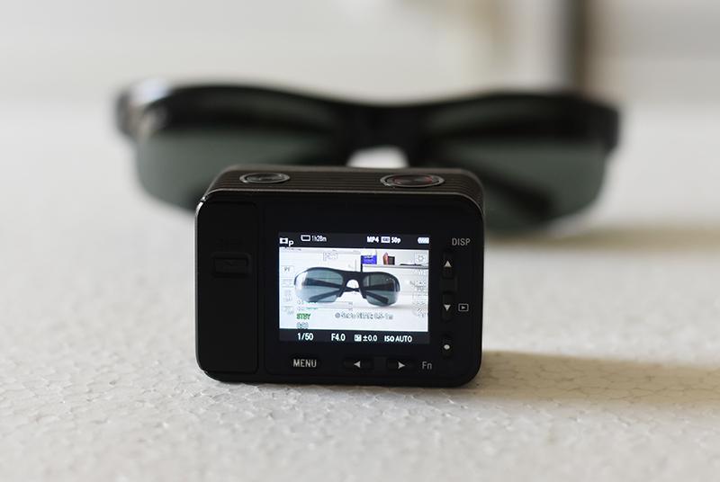 Sony-Cyber-shot-DSC-RX0-1.5inchscreen