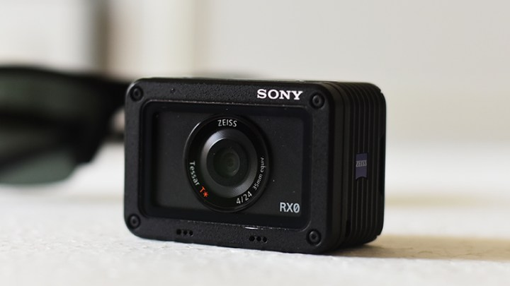 Review of Sony Cyber-shot DSC-RX0 Digital camera