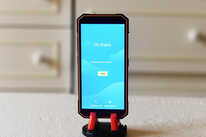 Xtouch-XBot-Senior-Smartphone-1