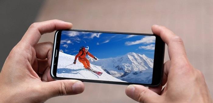 HTC U12- display