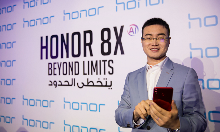 Chris Sun - President of Honor MEA_ with Honor 8X smartphones-1