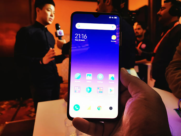 Xiaomi-Mi9-Phone-at-the-launch