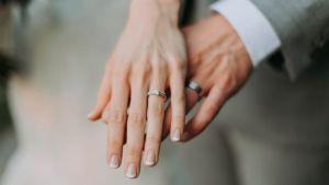 IMSS lanzó una Solicitud de Ayuda para Gastos de Matrimonio con la cual apoya a parejas que contrajeron matrimonio por el civil.