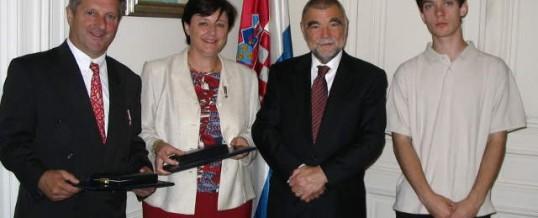 14 JUIN 2005 : LE PRÉSIDENT CROATE MESIĆ REND HOMMAGE À NOS ACTIONS