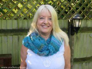 Unforgettable Hazel Cowl a free crochet pattern from Crochet247