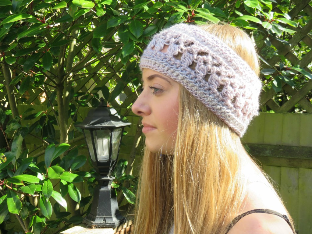Ocean Kiss Autumn Ear Warmer from Crochet247