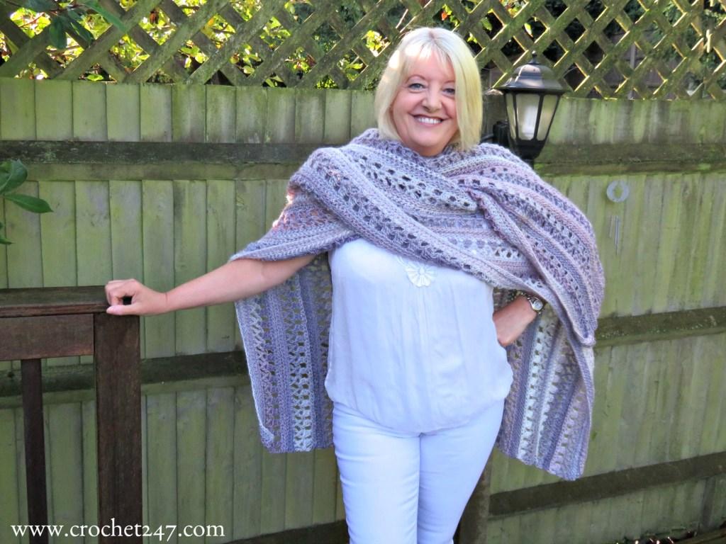 Ocean Kiss Autumn Ruana Crochet Pattern - Crochet 24/7