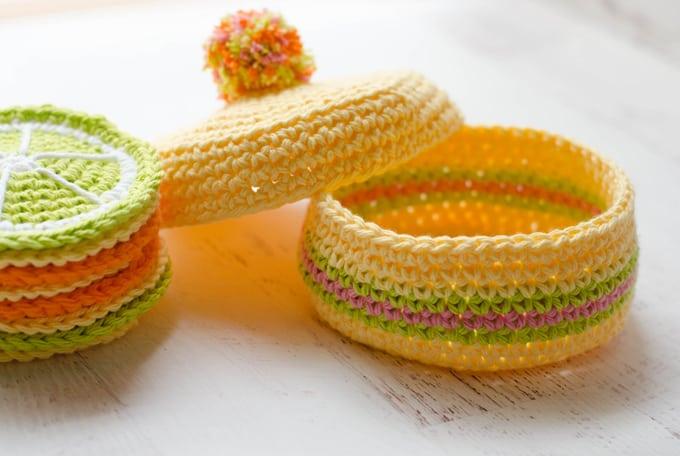 Crochet coaster box pattern.  Fun, easy crochet!