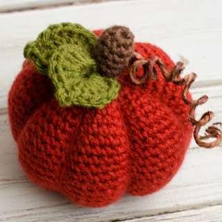 medium crochet pumpkin pattern