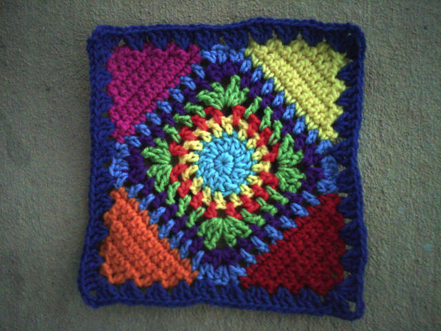 crochet square with crochet triangle corners, crochetbug, crochet squares