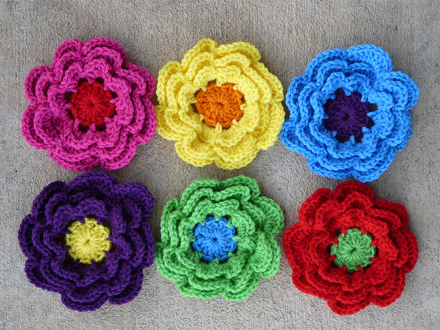 six crochet flowers