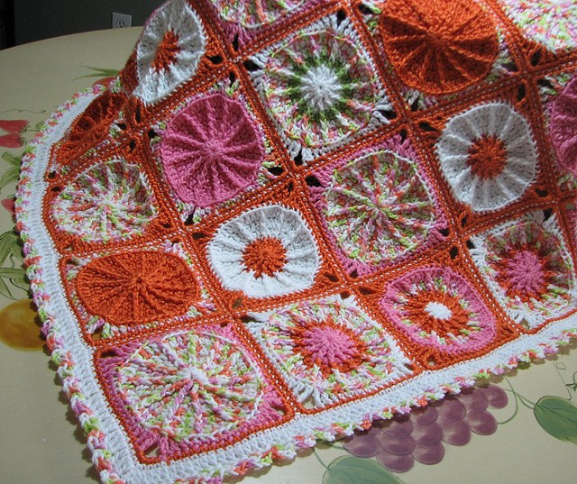 crochetbug, crochet circles, textured crochet circles, crochet blanket, crochet afghan, crochet throw, ellen gormley
