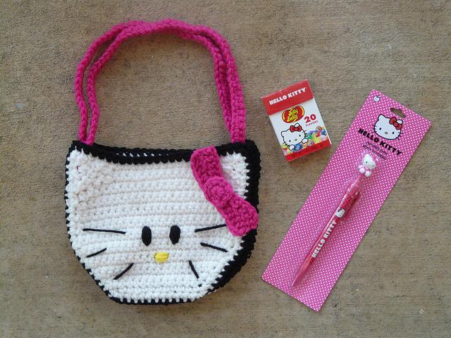 kitty crochet purse