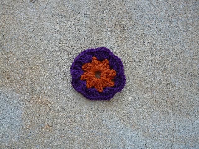 Square 20 round crochet center