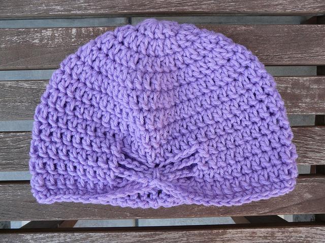 crochet hat made with vintage yarn, crochetbug, purple, lavender