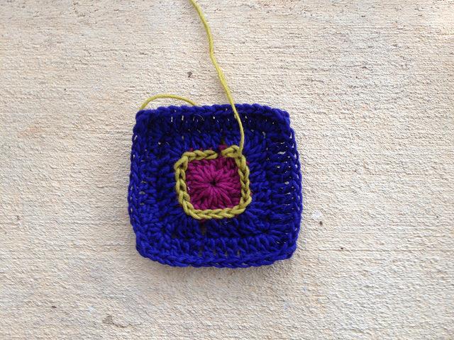 frank stella inspired crochet potholder