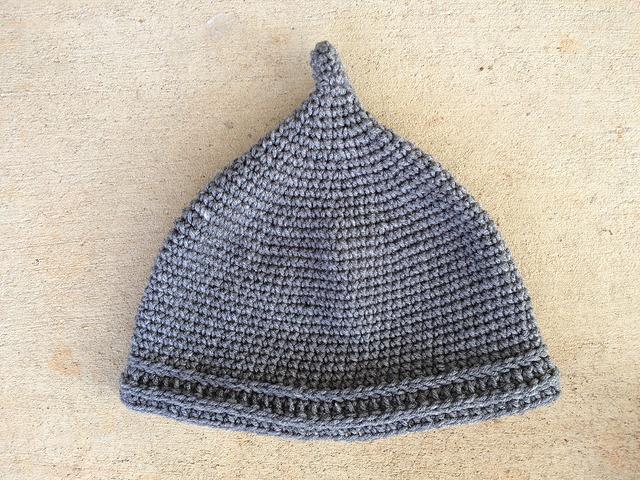 crochetbug, crochet helment, crochet hat, crochet cap, crochet beanie, crochet Assyrian helmet