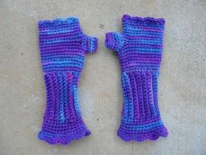My grape fizz Victorian texting gloves