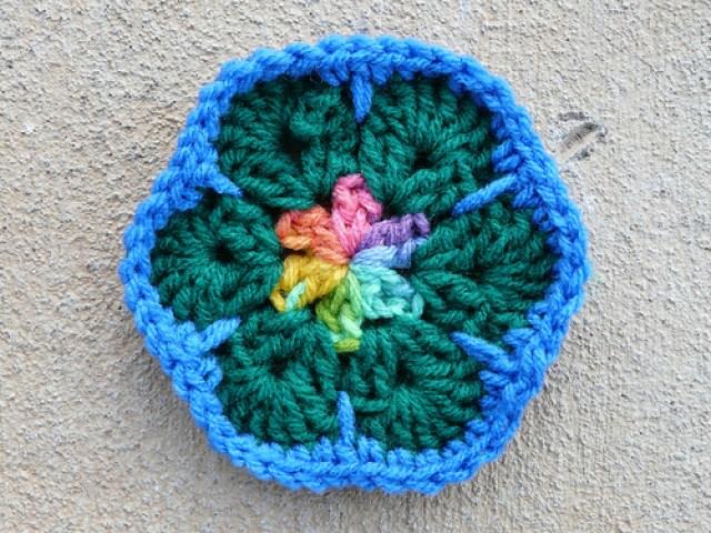 crochetbug, crochet flowers, crochet hexagons, stash buster,  crochet meditation, African flower crochet hexagons