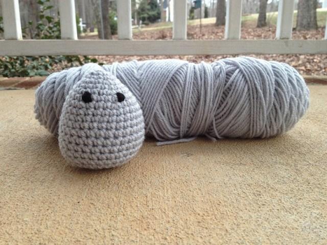 crochet pocket pal, crochetbug, amigurumi, crochet mouse, crochet toy