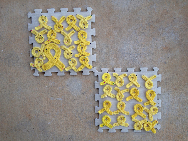 cancer awareness crochet ribbons