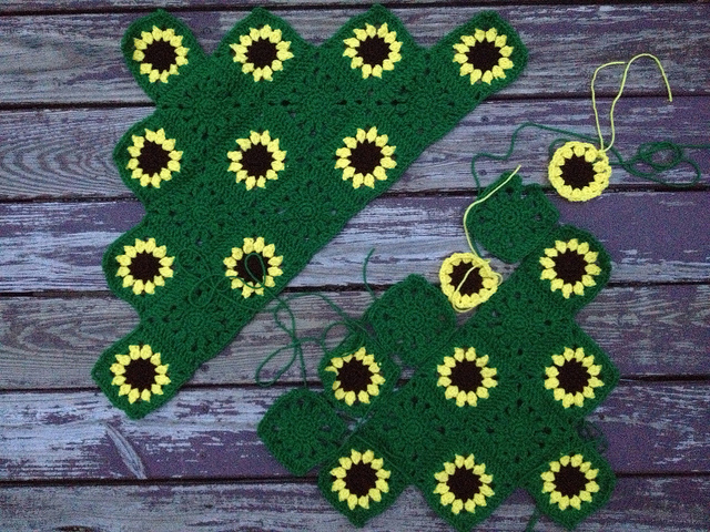 sunflower crochet blanket