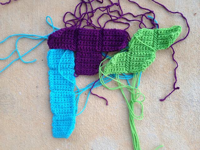 ITS in crochet tetrominos